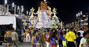 dernier char carnaval rio 2015