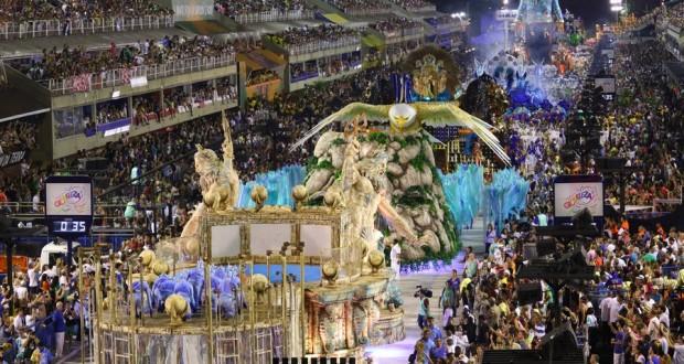 defilé-championne-carnaval-rio-2016-1050