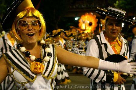 carnaval_de_rio_2011_groupe_speciaux-2.JPG