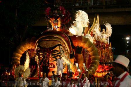 carnaval_de_rio_2011_groupe_speciaux-43.JPG