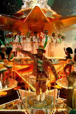carnaval_rio_2011_dimanche-21.JPG