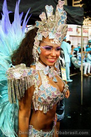 beija-flor_championne_carnaval_rio_2011-3.JPG